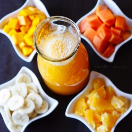 Come y Bebe Ecuatoriano Con Mango (Ecuadorian Tropical Fruit Salad)