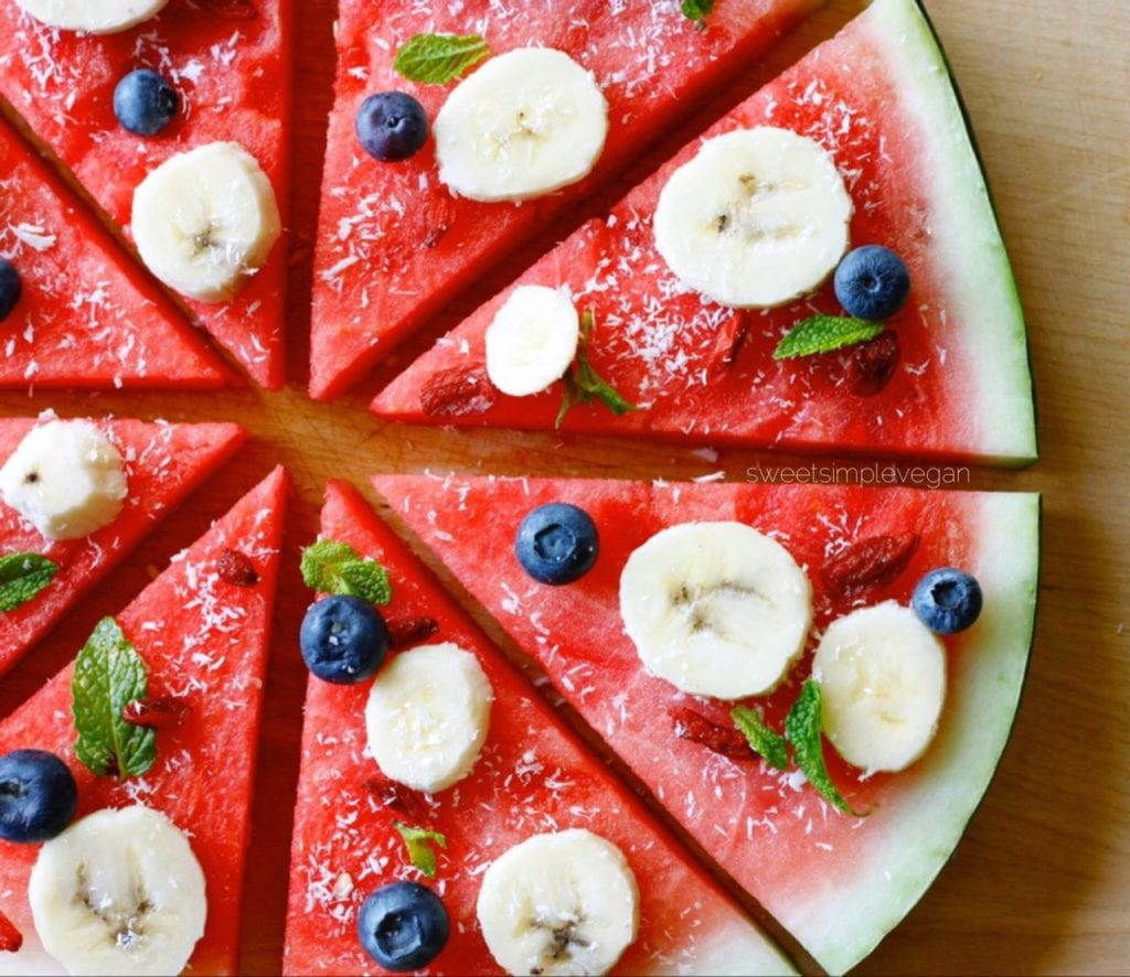 Fully Raw Fruit Pizza
