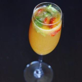 Strawberry Basil Kombucha Mimosa (Raw)