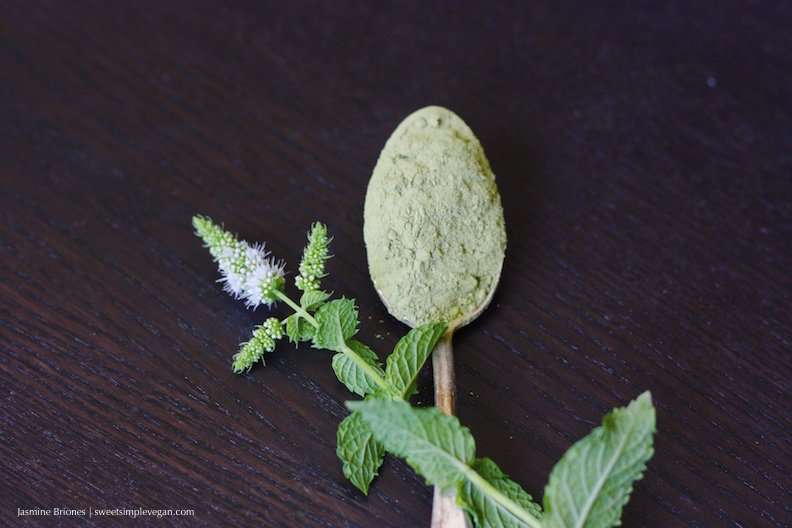 Vegan Mint Matcha Latte57