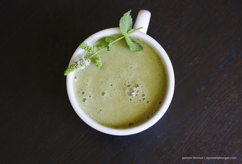 Vegan Mint Matcha Latte92