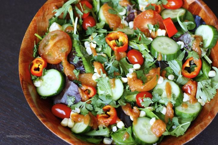 21Raw Spicy Tomato Jalapeño Salad (Oil- & Salt-free)