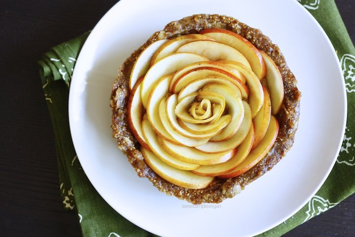 A Healthy Vegan 21st Birthday Celebration: Apple Rose Caramel Tart (Raw)