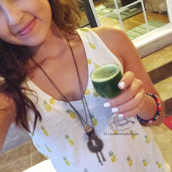 A Healthy Vegan 21st Birthday Celebration: Green Juice Shots