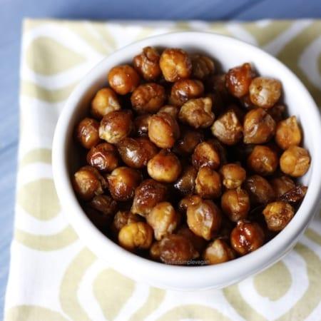 Cinnamon Sugar Roasted Chickpeas (oil-free)