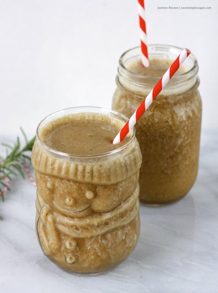 Healthy Vegan Gingerbread Smoothie