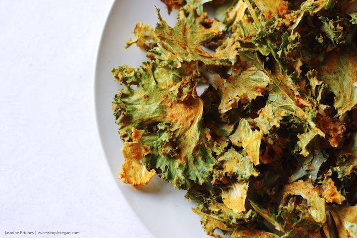 Sweet Persimmon Kale Chips (hclf, raw)