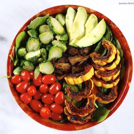 Maple Cinnamon Delicata Squash Salad w/ Vegan Jackfruit Bacon