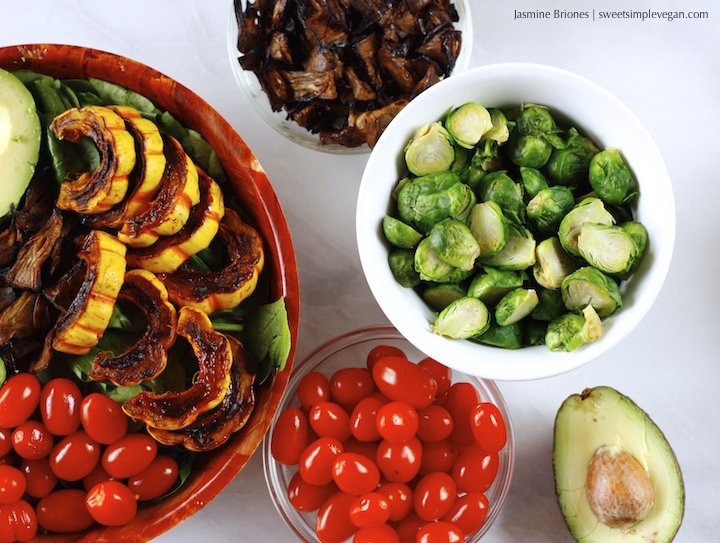 Cinnamon Maple Delicata Squash Salad w: Vegan Jackfruit 'Bacon'