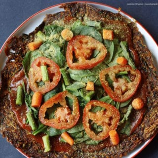 Low Fat Raw Vegan Zucchini Pizza Crust (hclf, nut- and gluten-free)