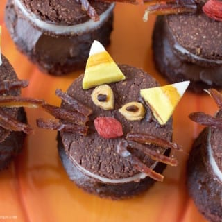 Halloween Oreo Cupcake Cats w/ Chocolate Avocado Frosting {gluten-free + fruit toppings}
