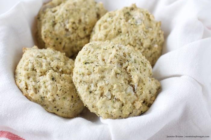Biscuits Gravy YSJ Vegan Thanksgiving09