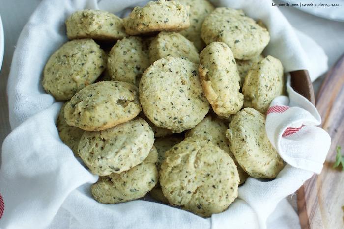 Biscuits Gravy YSJ Vegan Thanksgiving27