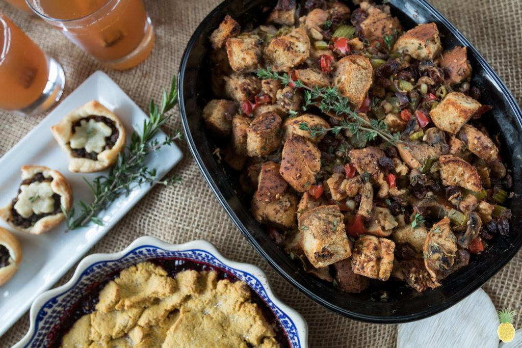 Everything Bagel Vegan Thanksgiving Stuffing {oil-free} sweetsimplevegan.com