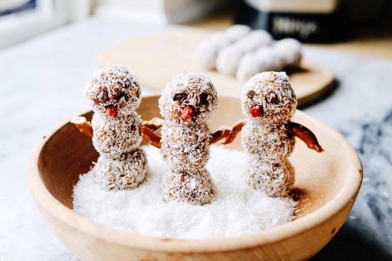 Vanilla Almond Snowmen Sweetsimplevegan.com