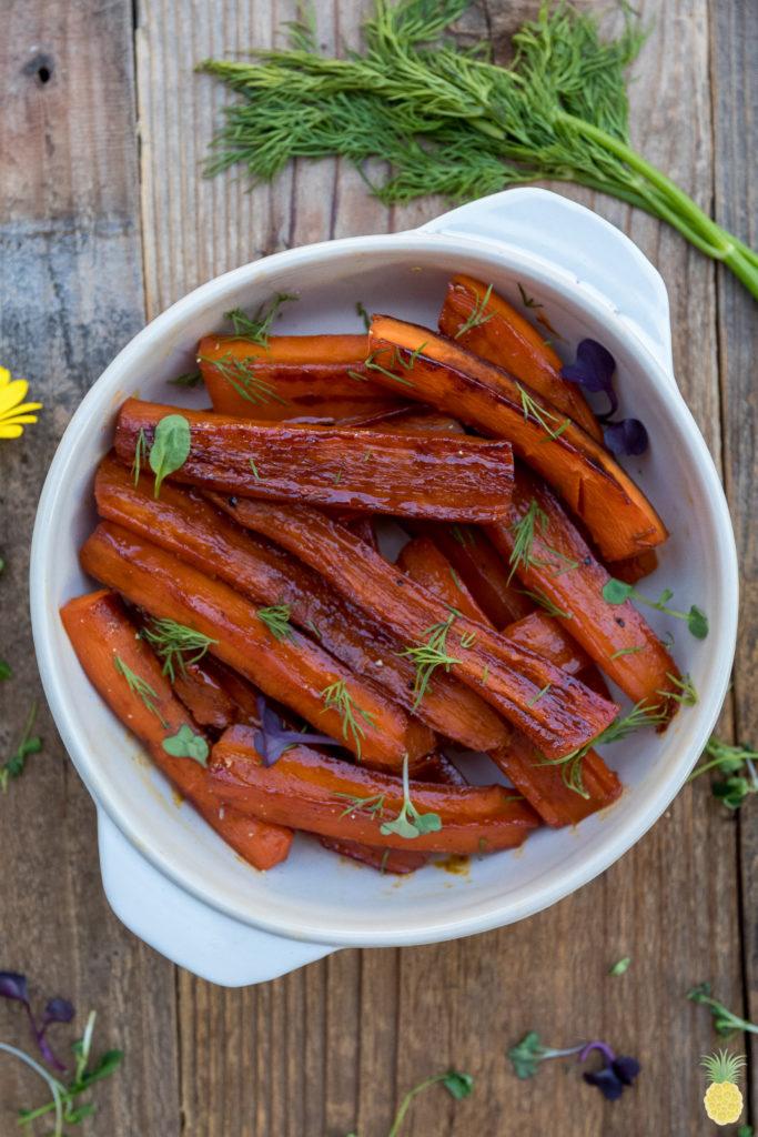 Vegetable Juice-Glazed Carrots {oil-free} sweetsimplevegan.com