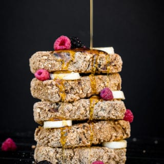 Crusted & Date-Sweetened Banana Bread French Toast {oil-, gluten- & refined sugar-free}
