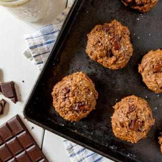 Fluffy Salted Peanut Butter Chocolate Chunk Cookies {refined sugar & oil-free}