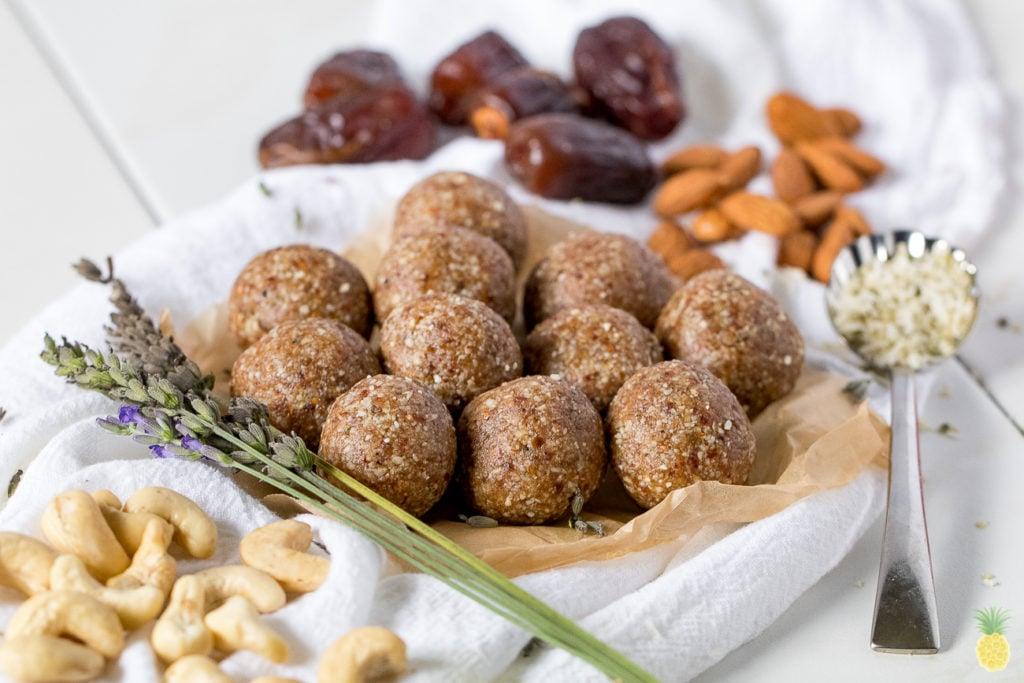 Decadent Lavender Bliss Balls {oil & gluten-free} sweetsimplevegan.com #decadent #lavender #blissballs #vegansnacks