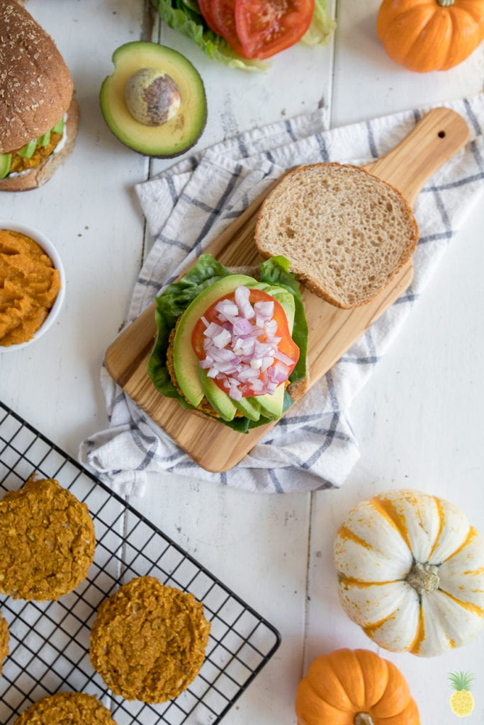 Healthy fall festive white bean & pumpkin veggie burgers! Vegan + gluten free!