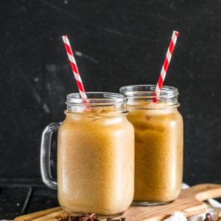 Spiked Vegan Thai Iced Tea (w/ Non-Alcoholic Version) http://sweetsimplevegan.com/2017/11/spiked-thai-iced-tea/
