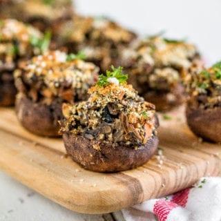 Lentil & Vegetable Stuffed Mushrooms / Healthy Holiday Appetizer {oil-free}