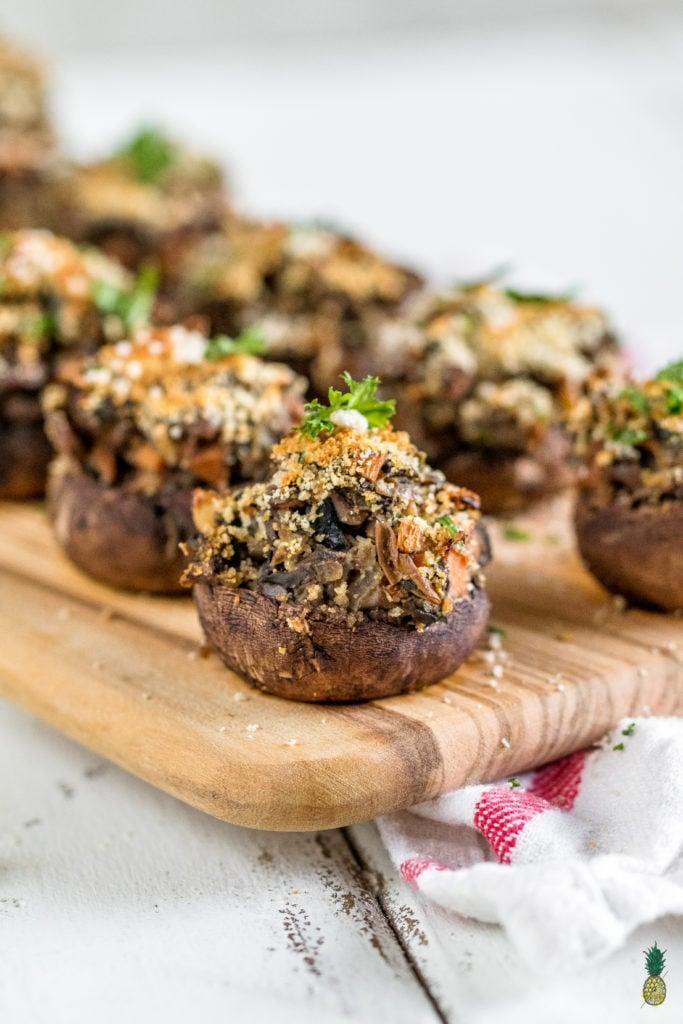 Christmas Recipe - Easy Vegan Lentil & Vegetable Stuffed Mushrooms {healthy + oil-free}https://sweetsimplevegan.com/2017/12/lentil-vegetable-stuffed-mushrooms/