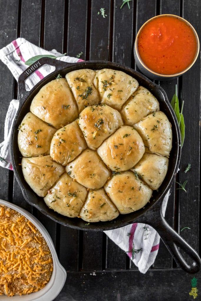 Christmas Recipe - Herbed Skillet Pull Apart Bread w/ French Onion Dip https://sweetsimplevegan.com/2017/12/pull-apart-bread-french-onion-dip/