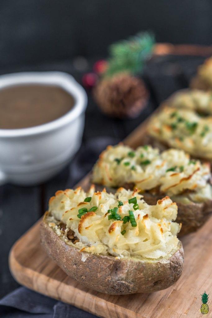 Christmas Recipe - Vegan Shepherd's Pie Potato Boats #holiday #easy #vegan #sweetsimplevegan #christmas #party #appetizer #entree #thanksgiving #shepherdspie