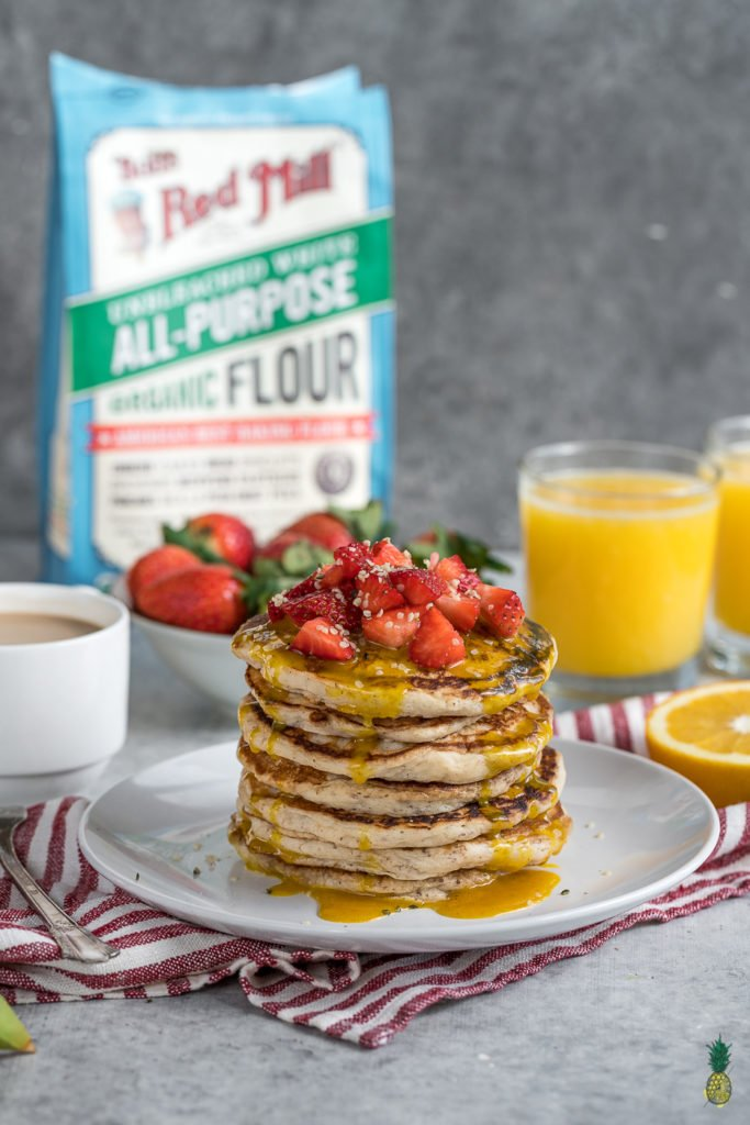 How to make super FLUFFY vegan buttermilk pancakes! Served with the perfect golden milk sauce -- this is the perfect breakfast! #vegan #butermilk #almond #pancakes #oilfree #fluffy #thick #breakfast #easybreakfast #healthy #veganuary