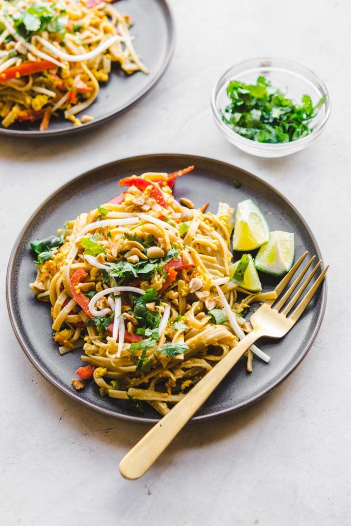 30-Minute Vegan Pad Thai! #vegan #padthai #veganthai #easy #budget #30minute