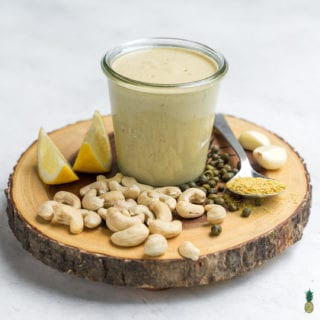 This vegan Caesar salad dressing will fool ya for the real thing! It super easy to make with less than 10-ingredientsplus all of the ingredients are simple and include stuff your probably already have in your pantry. This dressing will take your salads to the next level and we promise you are going to love it. #caesar #salad #homemade #glutenfree #schoollunch #onthego #vegan #sweetsimplevegan #lunch #entree #togo #lunchbox #easy #filling #cashewcream #veganized #party #sauce