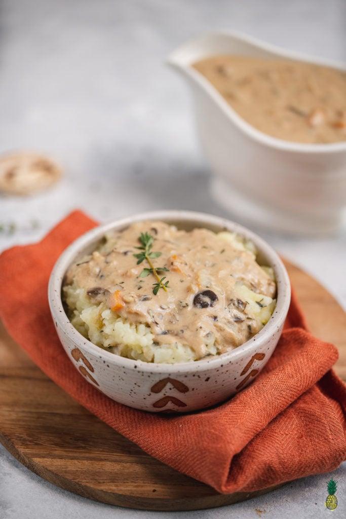 Christmas Recipe - Mushroom Gravy on Mashed Potatoes Vegan