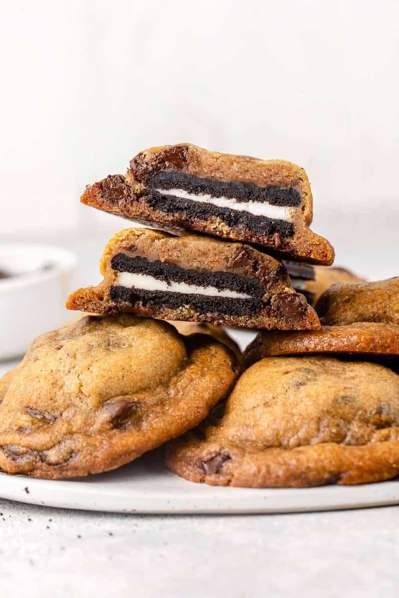 macro image of cookies on plate