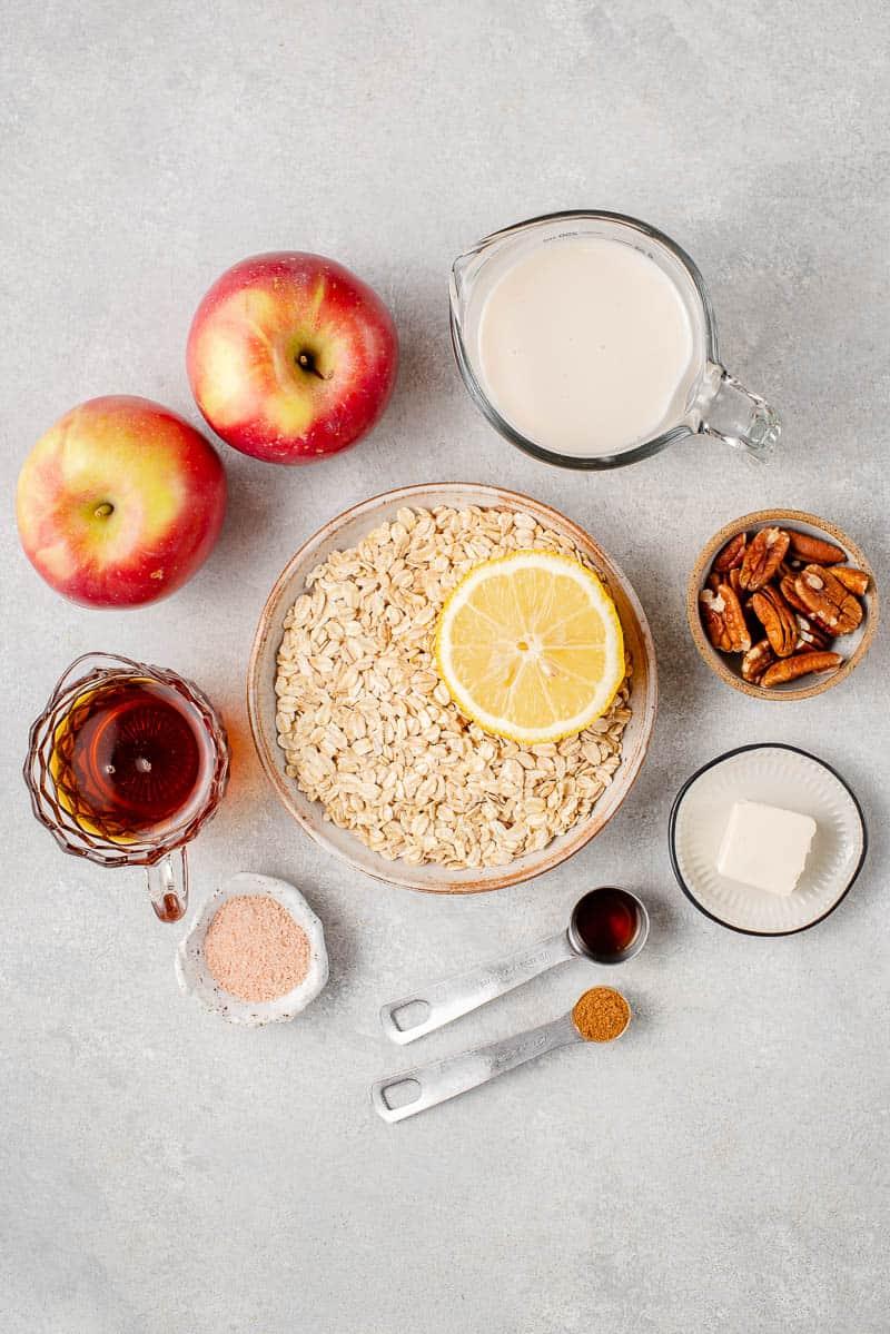 ingredients to make apple cinnamon oatmeal